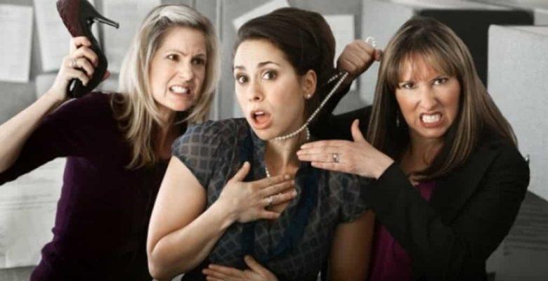 Как наладить общение с коллегами в коллективе