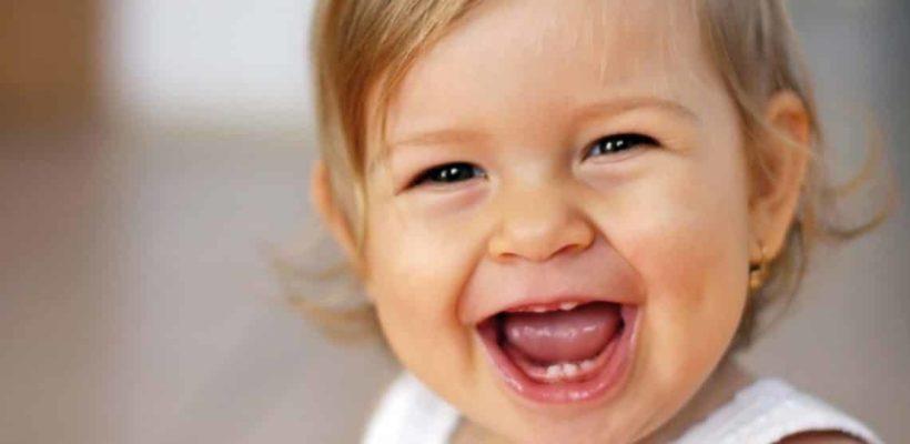 Прорезывание зубов – симптомы, сроки, помощь ребенку