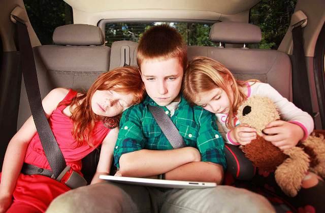 Правила перевозки детей в автомобиле (машине) в 2019 году